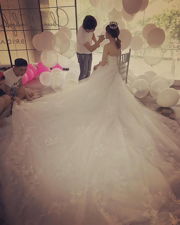 Hot: Lộ hậu trường chụp ảnh cưới của Trấn Thành - Hari Won - Ảnh 3.