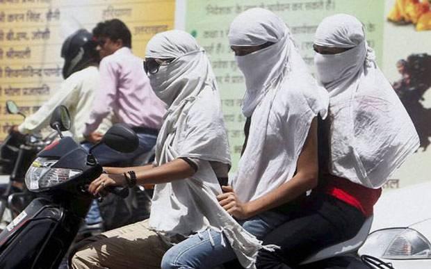 Chùm ảnh: Những hình ảnh nắng nóng khủng khiếp chỉ có ở Ấn Độ - Ảnh 12.