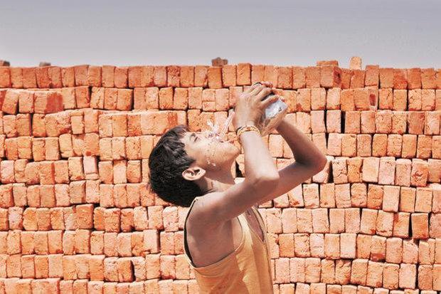 Nóng như hôm nay đã là gì, Ấn Độ còn đang nóng 51 độ C kìa - Ảnh 6.