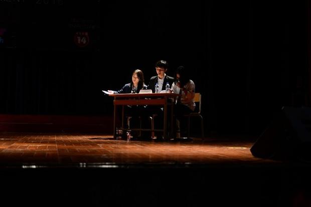 Học sinh Hà Nội cùng tranh luận vấn đề Cha mẹ có nên theo dõi con cái trên mạng xã hội? - Ảnh 3.