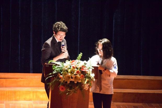 Học sinh Hà Nội cùng tranh luận vấn đề Cha mẹ có nên theo dõi con cái trên mạng xã hội? - Ảnh 4.