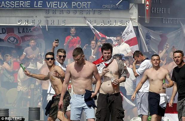 Euro 2016 và bóng ma hooligan đang trở lại - Ảnh 4.