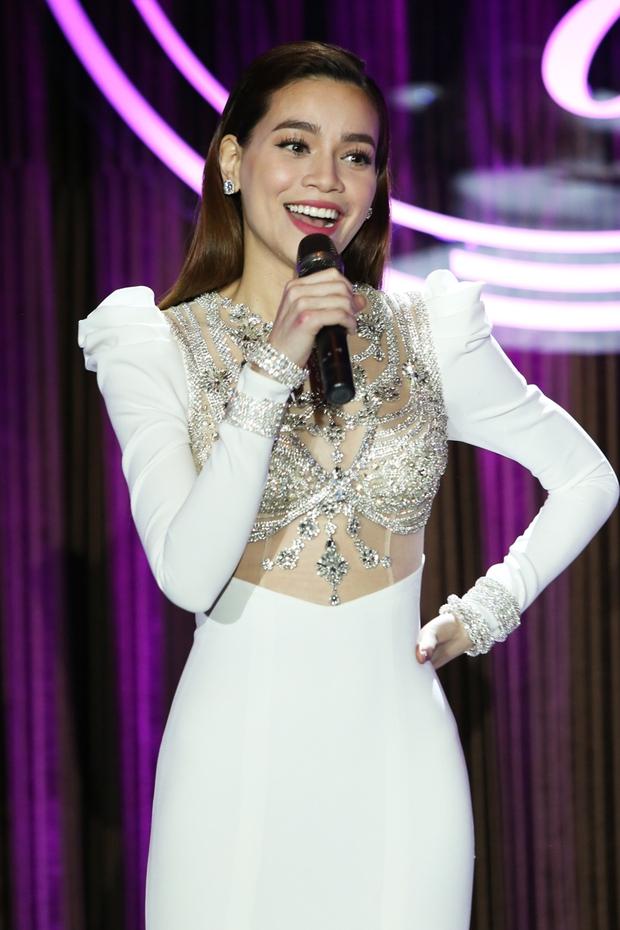 Bị Tiên Cookie la, Hồ Ngọc Hà công khai gửi lời xin lỗi giữa đêm nhạc đặc biệt - Ảnh 6.