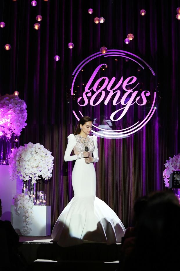 Bị Tiên Cookie la, Hồ Ngọc Hà công khai gửi lời xin lỗi giữa đêm nhạc đặc biệt - Ảnh 7.
