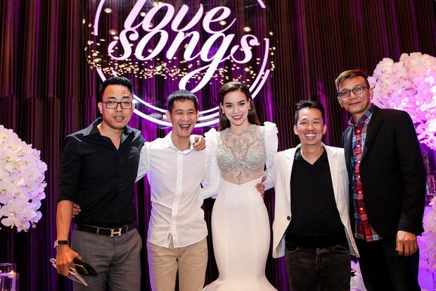 Bị Tiên Cookie la, Hồ Ngọc Hà công khai gửi lời xin lỗi giữa đêm nhạc đặc biệt - Ảnh 14.