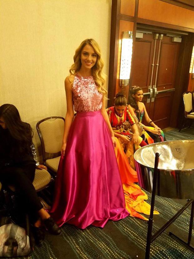 Gặp sự cố bất ngờ, Diệu Ngọc buộc phải thay đổi phần thi tài năng tại Miss World vào phút chót - Ảnh 11.