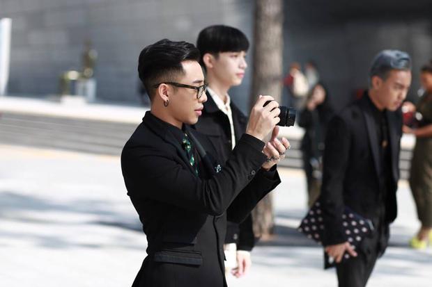 Hoàng Ku, Châu Bùi, Cao Minh Thắng & các fashionista Việt nổi không kém fashionista Hàn tại Seoul Fashion Week - Ảnh 20.