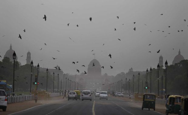 Chùm ảnh: Những hình ảnh nắng nóng khủng khiếp chỉ có ở Ấn Độ - Ảnh 8.