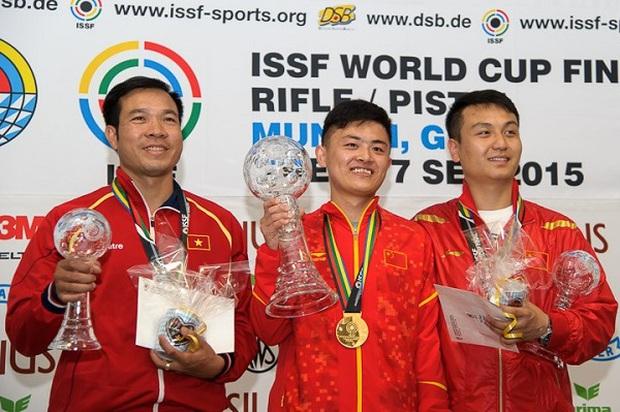 Xạ thủ Hoàng Xuân Vinh từng giành HCB thế giới với khẩu súng đi mượn - Ảnh 3.