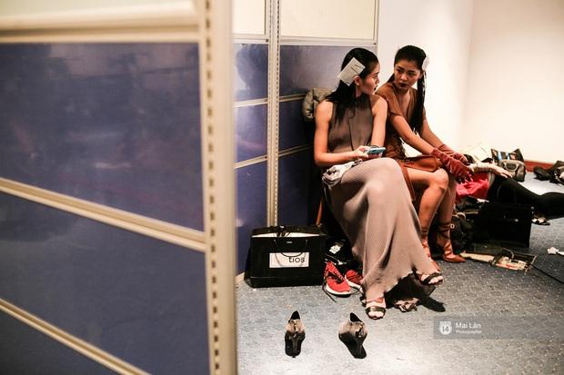 Gói gọn 6 ngày - 5 đêm của Vietnam International Fashion Week trong những khung hình tuyệt vời nhất! - Ảnh 18.