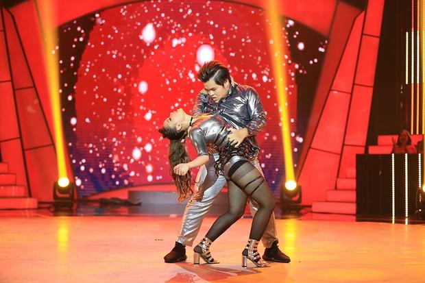 Bước nhảy ngàn cân: Hình ảnh cô gái ung thư Ngọc Nữ khiến Mr. Đàm nghẹn ngào - Ảnh 20.