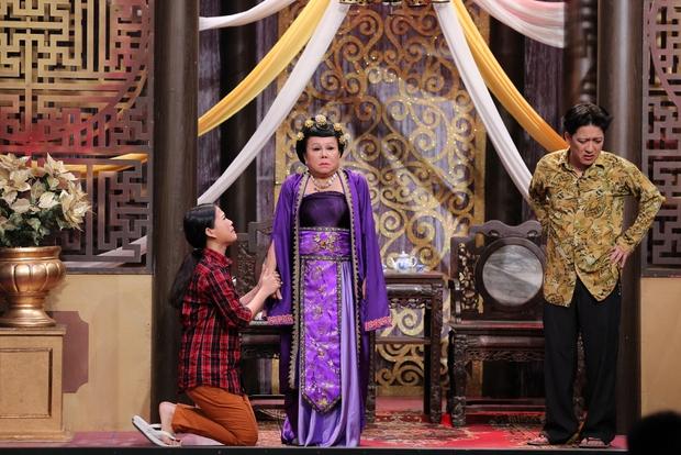 Ơn giời: Trấn Thành vuốt ve, hôn Hứa Vĩ Văn trên sân khấu - Ảnh 13.