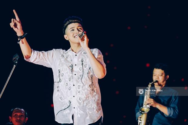 Noo Phước Thịnh khẳng định đẳng cấp với Live Concert 35.000 khán giả - Ảnh 32.