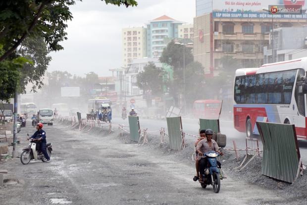 Sau chạy nắng và chạy mưa, người Sài Gòn lại nhắm mắt bịt mũi để chạy... bụi - Ảnh 4.