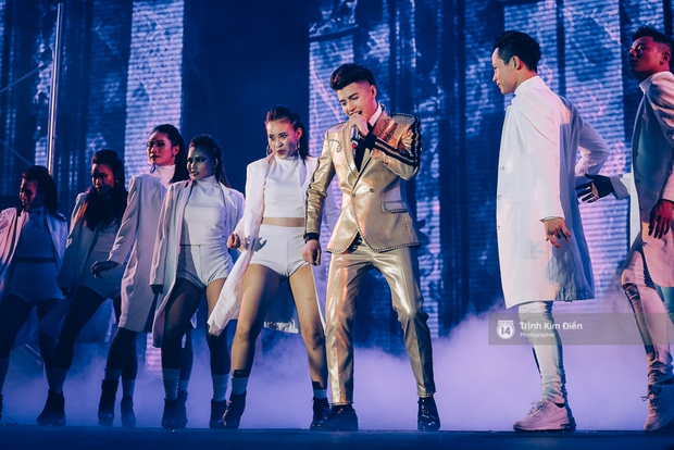 Noo Phước Thịnh khẳng định đẳng cấp với Live Concert 35.000 khán giả - Ảnh 42.