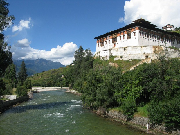 Bài diễn thuyết gây chấn động của thủ tướng Bhutan - quốc gia hạnh phúc nhất thế giới - Ảnh 8.