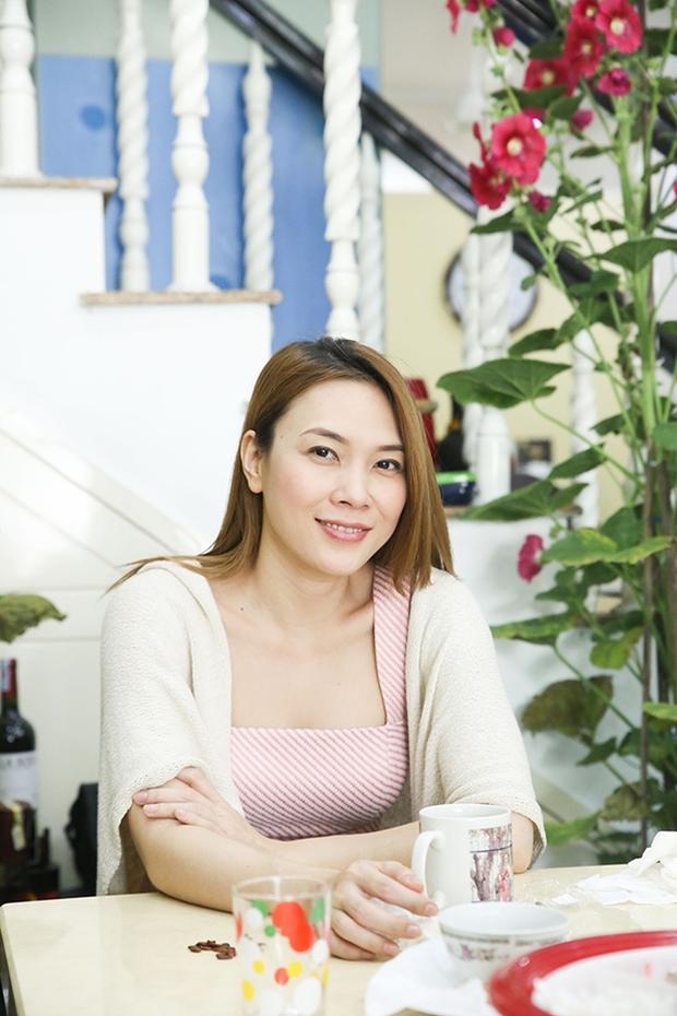 Fan khắp nơi bay ra Đà Nẵng dự họp fan đầu năm tại nhà riêng của Mỹ Tâm - Ảnh 7.