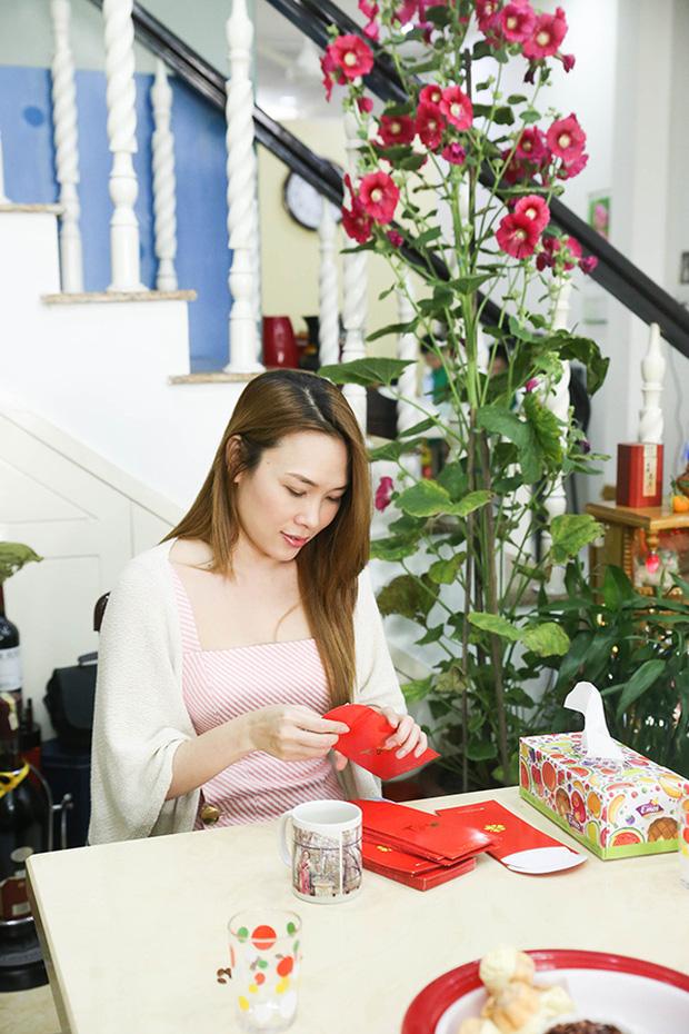 Fan khắp nơi bay ra Đà Nẵng dự họp fan đầu năm tại nhà riêng của Mỹ Tâm - Ảnh 12.