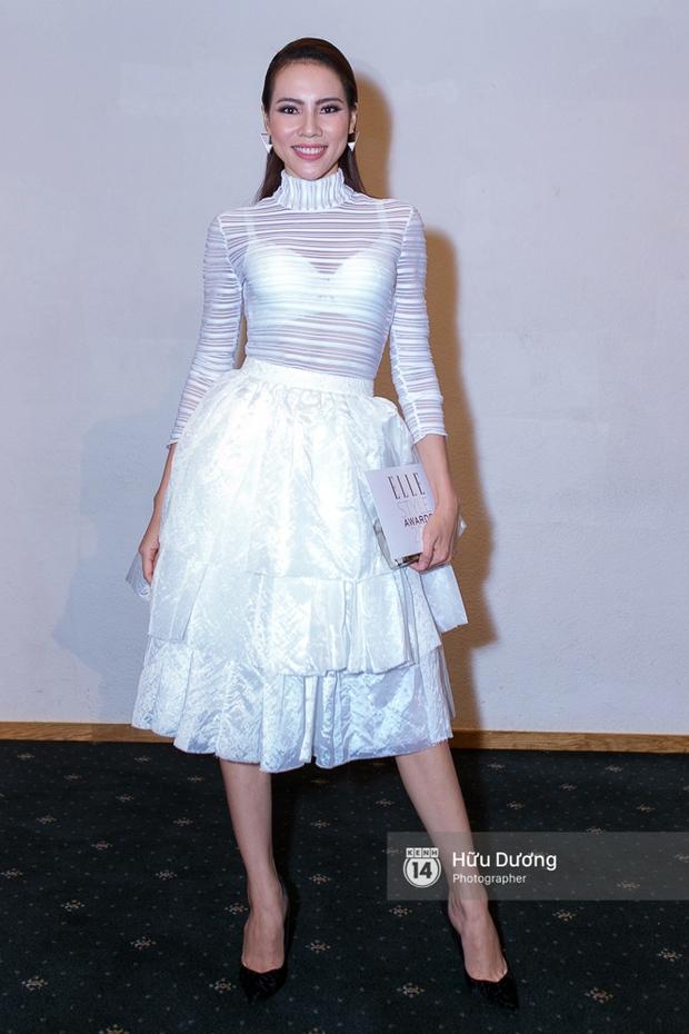 Elle Style Award: Ngọc Trinh mặc như đi diễn, Phạm Hương khác lạ với tóc mới - Ảnh 28.