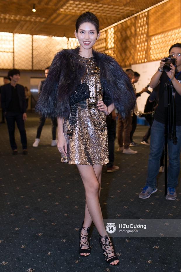 Elle Style Award: Ngọc Trinh mặc như đi diễn, Phạm Hương khác lạ với tóc mới - Ảnh 22.