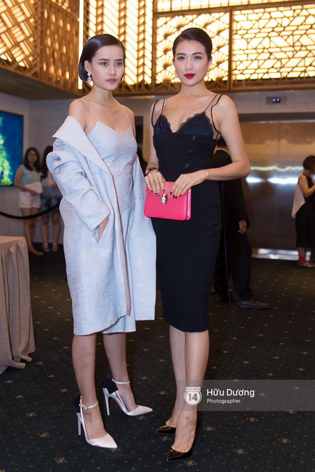 Elle Style Award: Ngọc Trinh mặc như đi diễn, Phạm Hương khác lạ với tóc mới - Ảnh 24.