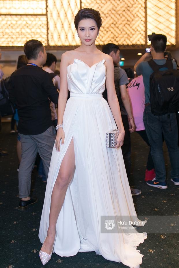 Elle Style Award: Ngọc Trinh mặc như đi diễn, Phạm Hương khác lạ với tóc mới - Ảnh 6.