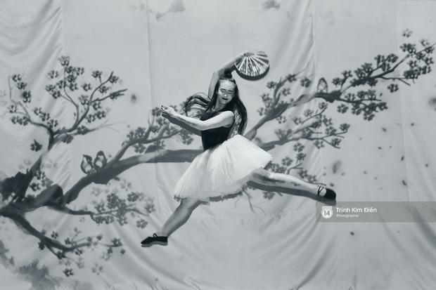 Gói gọn 6 ngày - 5 đêm của Vietnam International Fashion Week trong những khung hình tuyệt vời nhất! - Ảnh 28.