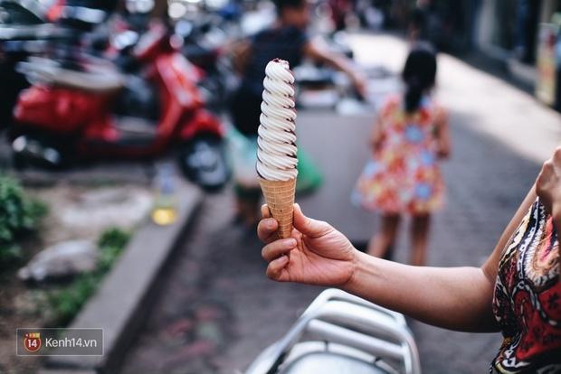Clip: Mùa hè này, đừng bỏ lỡ kem lốc xoáy! Vì chúng tôi đã thử cho bạn rồi! - Ảnh 4.
