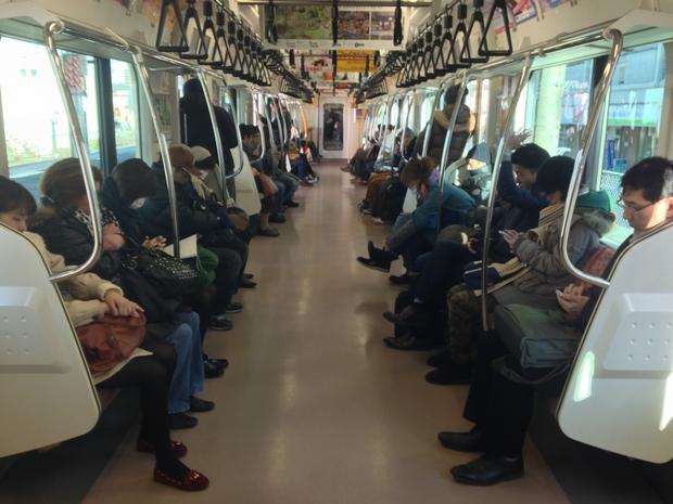 Văn hóa đi thang máy của người Nhật - Ảnh 3.