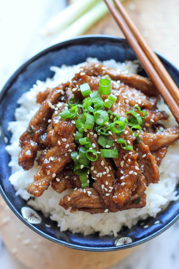 Nấu một nồi thịt bò hầm kiểu Mông Cổ nóng hổi ăn ngày rét - Ảnh 6.