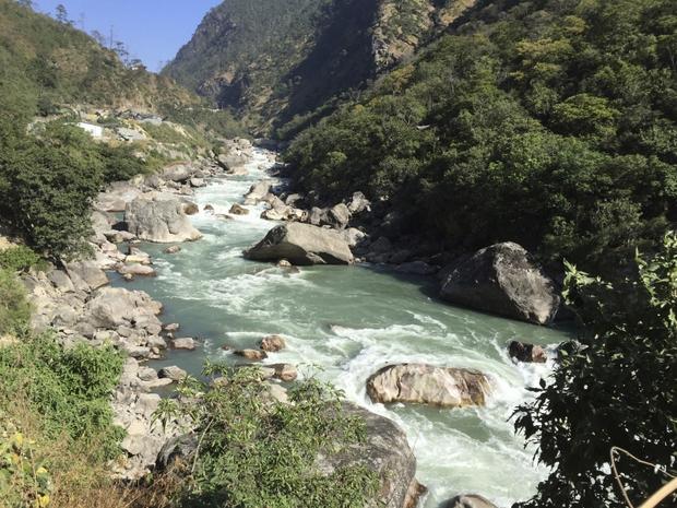 Bài diễn thuyết gây chấn động của thủ tướng Bhutan - quốc gia hạnh phúc nhất thế giới - Ảnh 7.