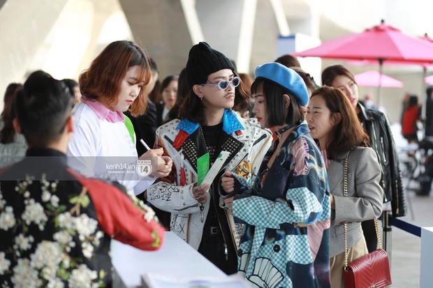Hoàng Ku, Châu Bùi, Cao Minh Thắng & các fashionista Việt nổi không kém fashionista Hàn tại Seoul Fashion Week - Ảnh 7.