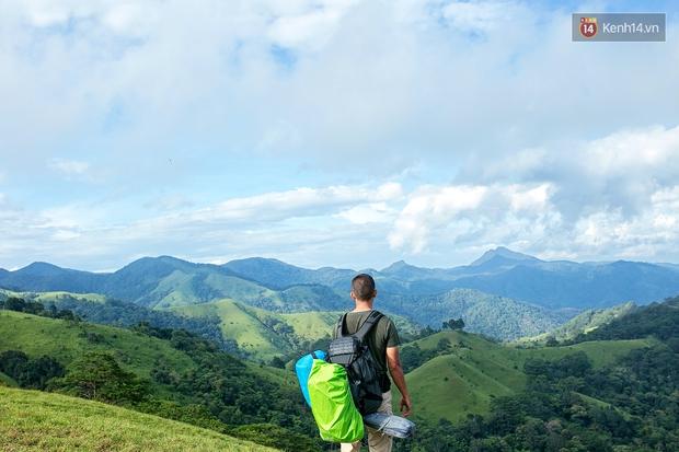 Trekking và cắm trại ở đồi Tà Năng: Đi để thấy mình còn trẻ và còn nhiều nơi phải chinh phục! - Ảnh 12.