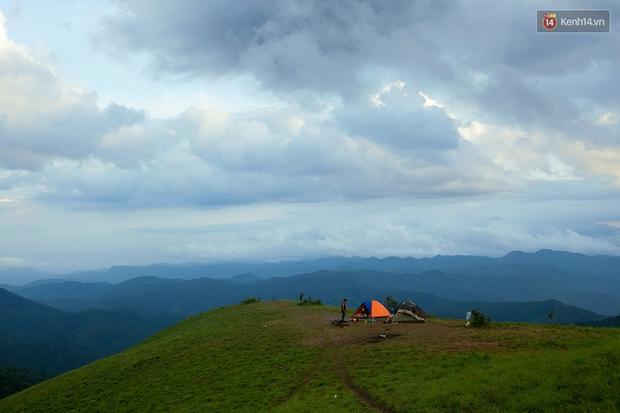 Trekking và cắm trại ở đồi Tà Năng: Đi để thấy mình còn trẻ và còn nhiều nơi phải chinh phục! - Ảnh 13.