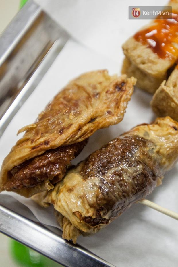 Chết ngất với hàng đậu hủ thúi siêu đắt khách tại Sài Gòn - Ảnh 17.