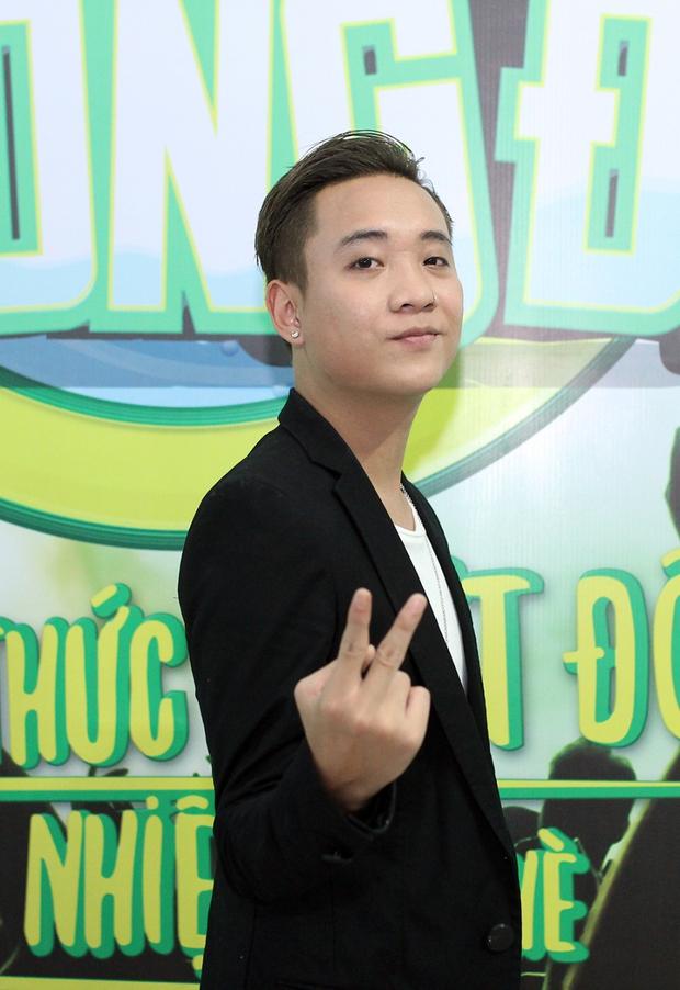 Bạn gái xinh đẹp hộ tống Phan Mạnh Quỳnh đi diễn, Sơn Tùng M-TP diện cây trắng cực chất - Ảnh 33.