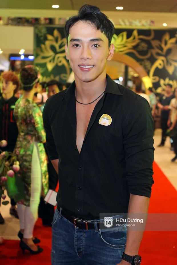 Minh Hằng xinh đẹp, khéo khoe vòng một gợi cảm khi ra mắt phim điện ảnh mới - Ảnh 19.