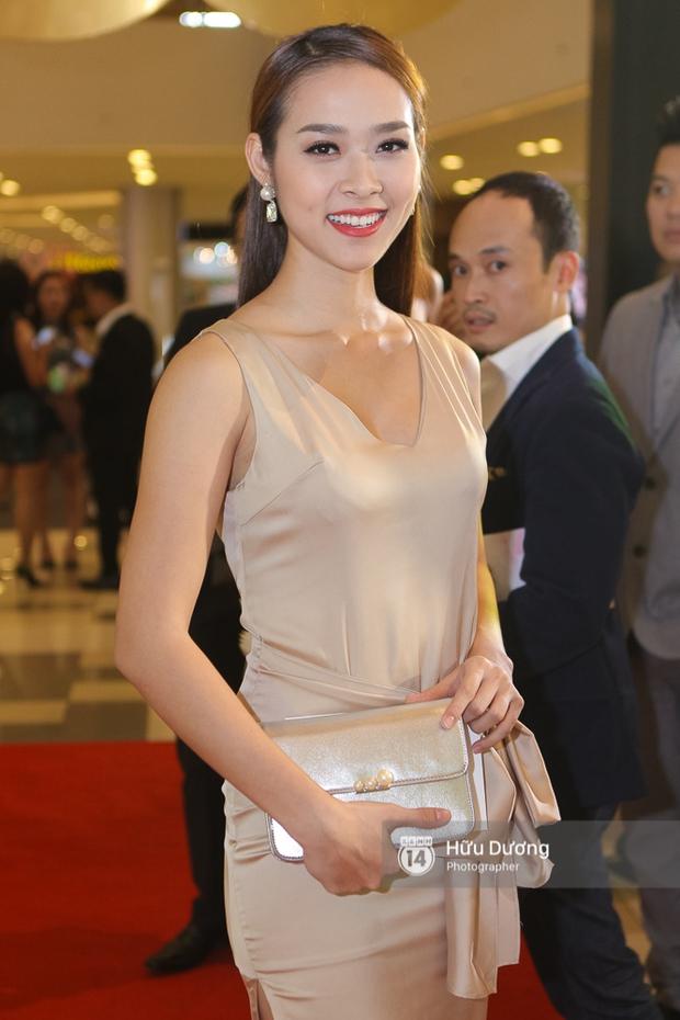 Minh Hằng xinh đẹp, khéo khoe vòng một gợi cảm khi ra mắt phim điện ảnh mới - Ảnh 24.