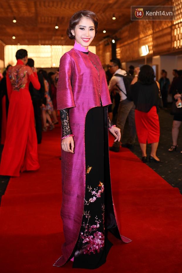Dàn mỹ nhân Việt đua sắc với Áo dài trên thảm đỏ - Ảnh 16.