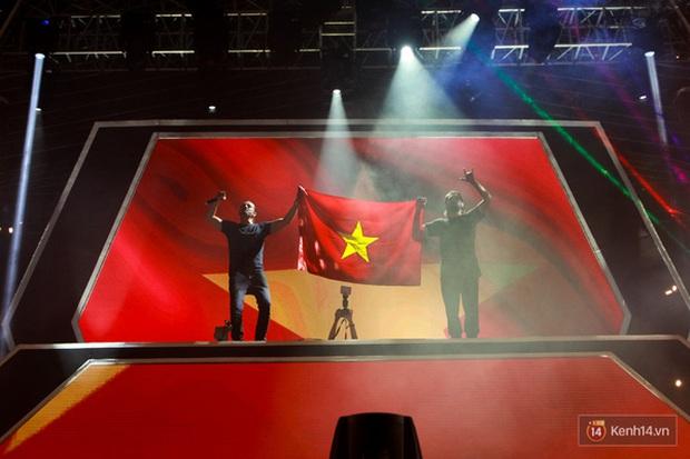 Top 6 sự kiện EDM hoành tráng nhất năm 2015 tại Việt Nam - Ảnh 2.