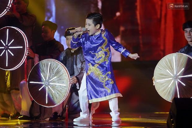 Nhật Minh - trò cưng của Đông Nhi chiến thắng Giọng hát Việt nhí mùa 4! - Ảnh 20.