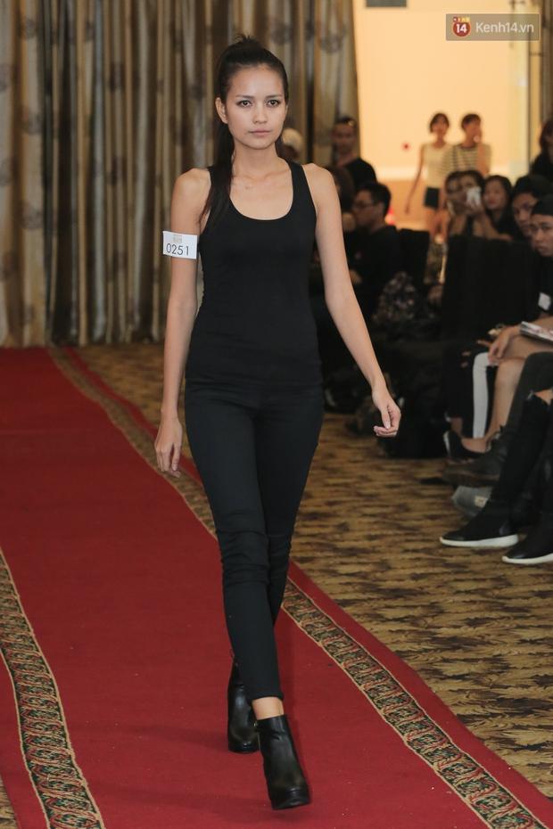 Mẫu lưỡng tính, mẫu chuyển giới nổi bật tại buổi casting cho Vietnam International Fashion Week - Ảnh 18.