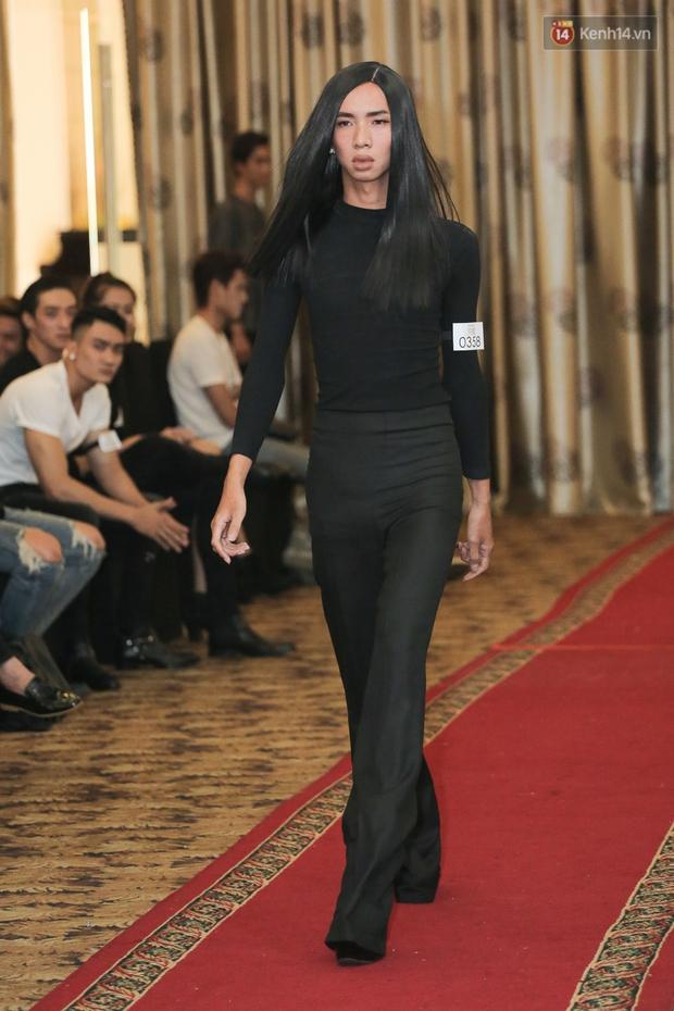 Mẫu lưỡng tính, mẫu chuyển giới nổi bật tại buổi casting cho Vietnam International Fashion Week - Ảnh 9.