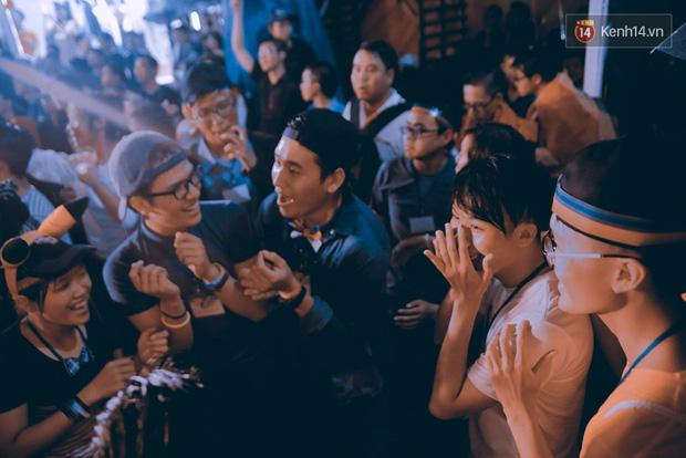 Ngày tự hào đồng tính - Những trái tim lục sắc đã có một đêm vui dưới mưa Sài Gòn như thế! - Ảnh 6.