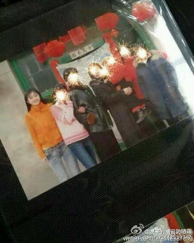 Nổi giận vì fan đột nhập vào nhà, Triệu Lệ Dĩnh bị cho là giở chiêu trò PR - Ảnh 4.