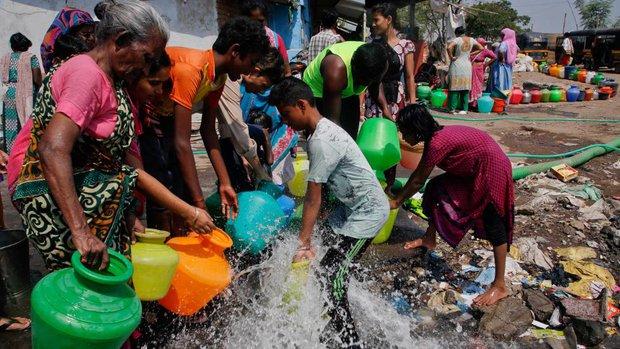 Nóng như hôm nay đã là gì, Ấn Độ còn đang nóng 51 độ C kìa - Ảnh 9.