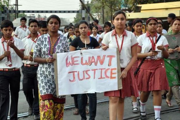 Bi kịch cô gái 16 tuổi bị cưỡng hiếp rồi thiêu sống đến chết - Ảnh 1.