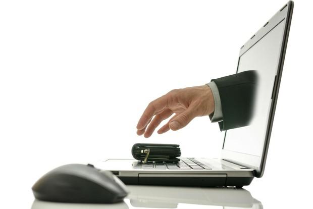 Khách nữ nghi bị hacker trộm sạch 2.000 USD trong tài khoản, Vietcombank nói gì? - Ảnh 4.