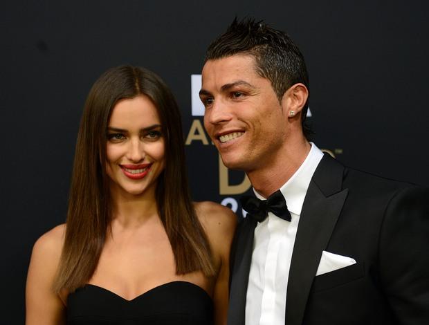 Bằng chứng cho thấy Ronaldo vẫn còn tơ tưởng tới Irina Shayk - Ảnh 1.
