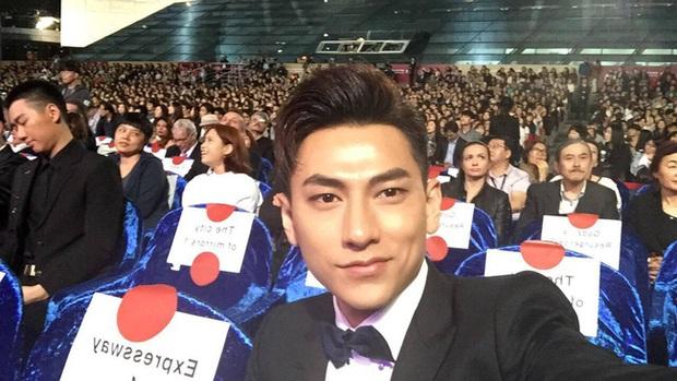 Isaac khoe ảnh dự tiệc cùng Lee Byung Hun, bất ngờ khi nhận giải thưởng từ LHP Busan - Ảnh 5.